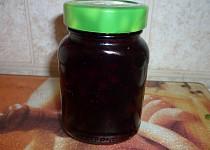 Černé jeřabiny - aronie -  na způsob brusinek