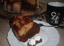 Cuketová kakaovoperníková- jablečnoskořicová bábovka
