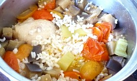 Kuře s rýží  v jednom hrnci