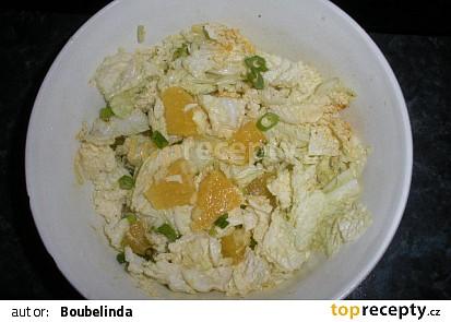 Osvěžující salát s pomerančem