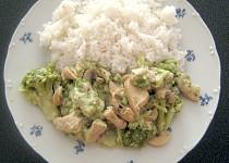 Kuřecí prsa s brokolicí a sýrem