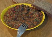 Lilkový salát s paprikou
