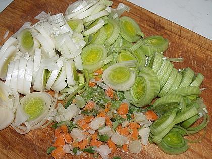 zeleninu drobně nakrájíme