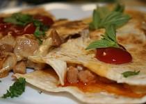 Sýrová quesadilla s kuřecím masem