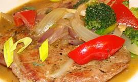 Gyros-krkovičkové plátky se zeleninou