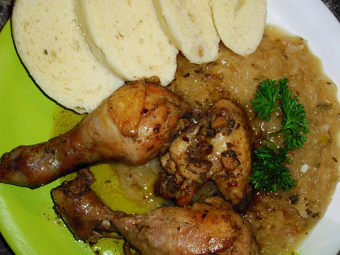 Jalovcové kuře s kysaným zelím, Jalovcové kuře s kysaným zelím