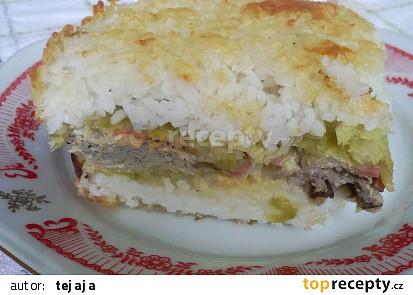 Kapusta zapékaná s rýži, houbami a vejci