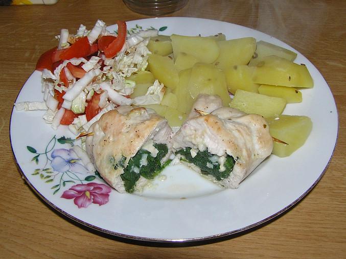 Kuřecí kapsa plněná špenátem a kozím sýrem, Hotové jídlo