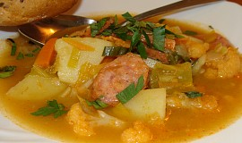 Zeleninová polévka  -  sytá