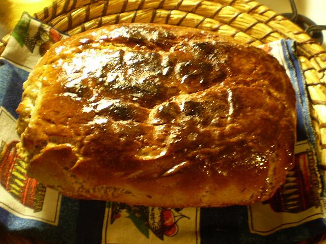 Ošatkový chléb, natřený máslíčkem...