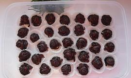 Višně v čokoládě s marcipánem