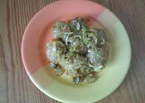 Masové kuličky na zelenině a žampiónech v troubě pečené