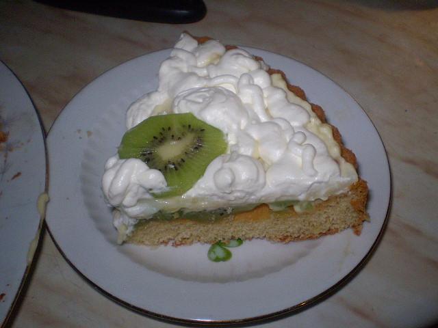 Ovocný dort s tvarohovopudinkovým krémem, porcička...