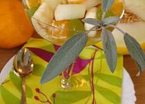 Ovocný salát s medovo-zázvorovou zálivkou