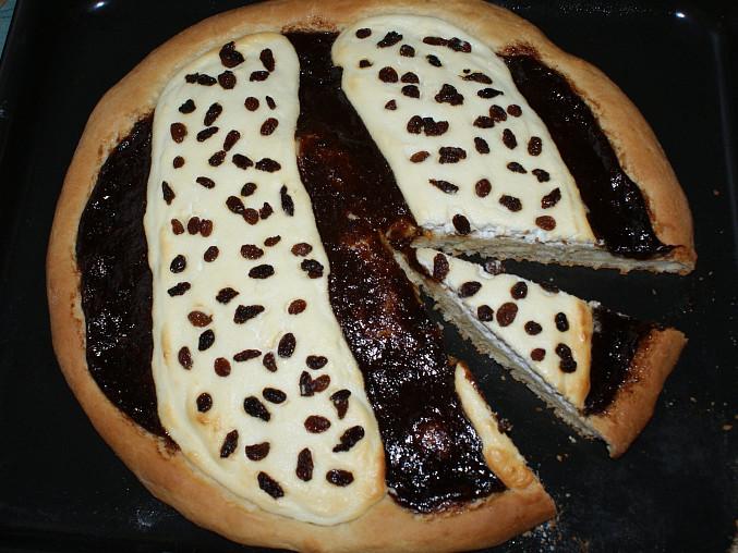 Vynikající domažlické koláče, Domažlický koláč - nakrojený