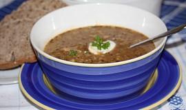 Kapustová polévka s uzeným masem