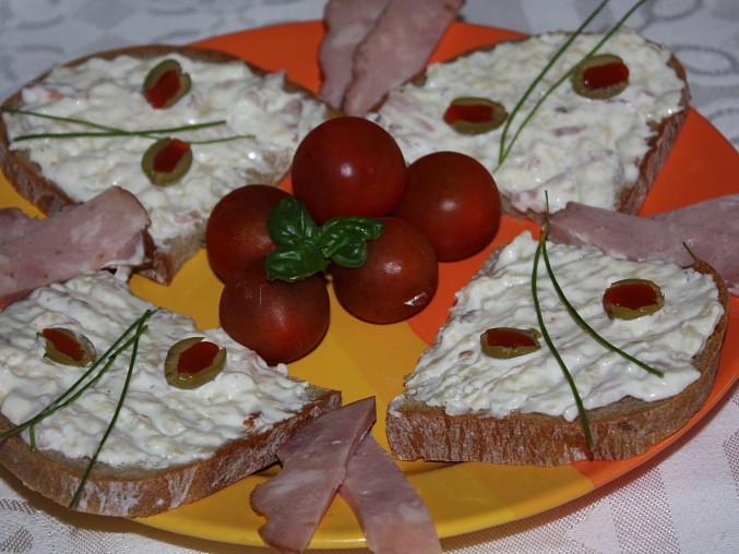 Česnekovo sýrová pomazánka, Česnekovo sýrová pomazánka