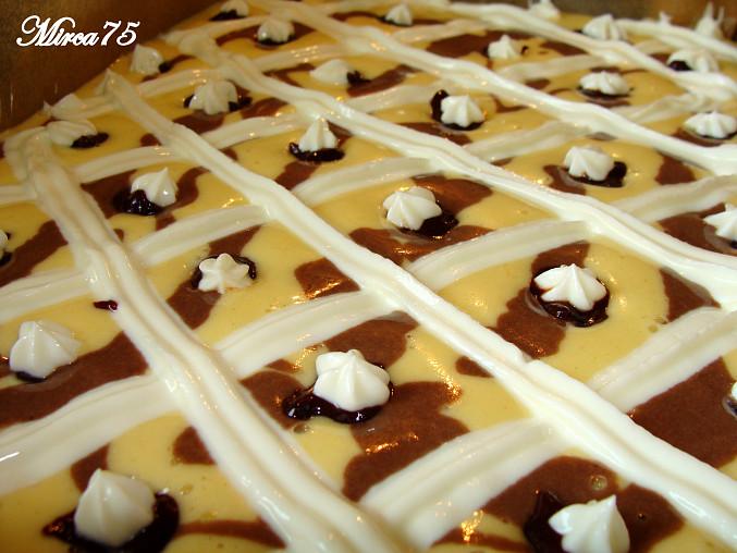 Jednoduché a rychlé těsto na koláč/řezy, Před pečením