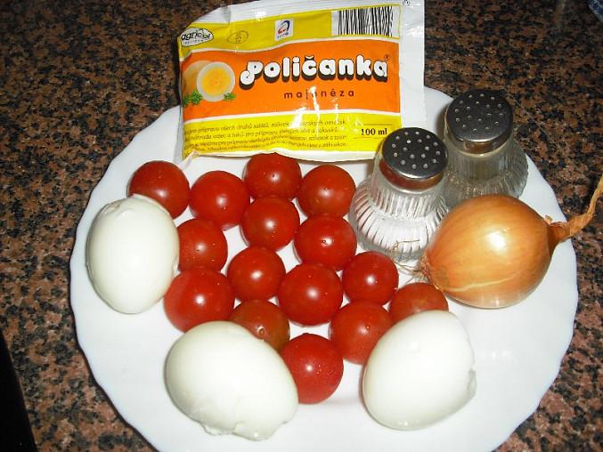 Salát z cherry rajčátek