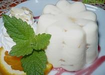 Nepečené jogurtové řezy, poháry i bábovičky s ovocem