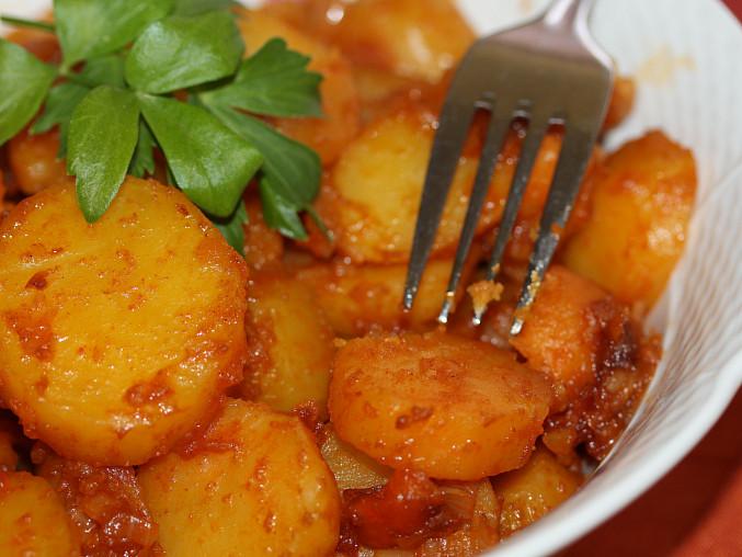 Dušené paprikové brambory, Dušené paprikové brambory