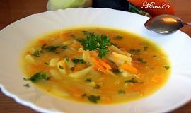 Vydatná cuketová polévka s kedlubnou a mrkví