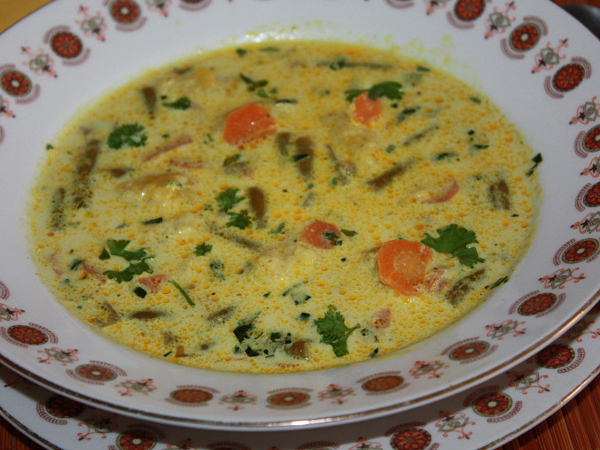 Fazolkovo - mrkvová polévka s karí, Fazolkovo - mrkvová polévka s kari