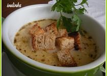 Uzená polévka se smetanou a krutonky