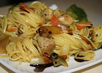 Kuře se zázvorem a zeleninou na vietnamský způsob