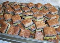 Oříškový koláč naší Pepičky - vánoční cukroví
