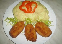 Kapří placičky s bramborovou kaší