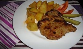 Marinovaná krkovička s pečenými brambory
