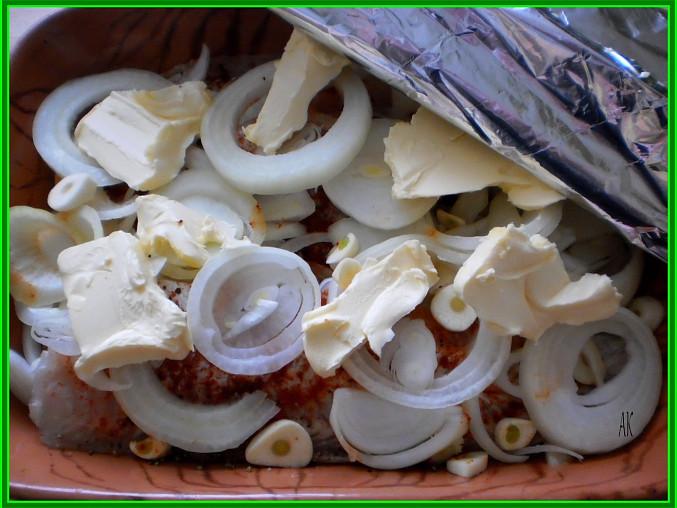 štikozubec-mořská štika pečená pod alobalem