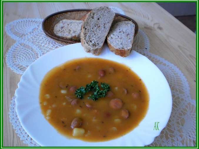 """dobrá polévka s chlebovou""""večkou""""z DP"""