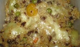 Plněné papriky s kuskusem, zeleninou a mletým hovězím masem
