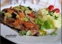 Krkovičkový plátek s restovanou zeleninou