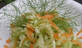Zelný salát s fenyklem