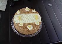 Ananasovo krokantový krémový dort