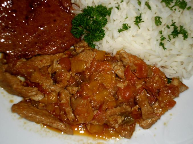 maso s paprikami