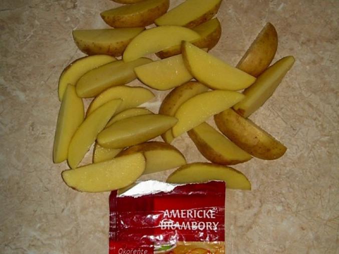 brambory osolené a okořeněné