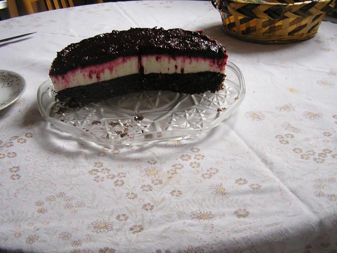 Ostružinový tvarohový dort