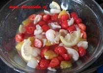Osvěžující ovocný salát podle Lucasinky