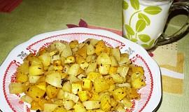 Pečené brambory s oranžovou dýní a bylinkami