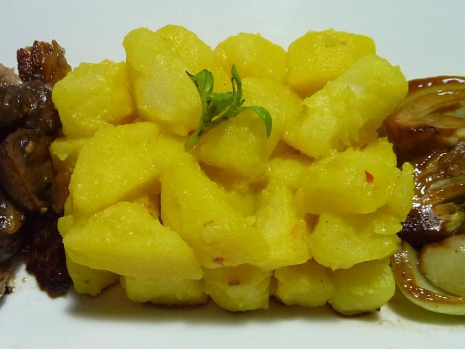 Přílohové bramborové bábovičky, S kurkumou