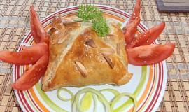 Plněný Hermelín brusinkami, zapečený v listovém těstě