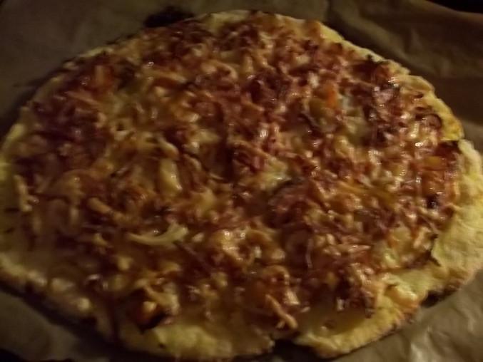 Bramborová pizza, upečeno...