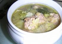 Kapustová (kelová) polévka s masovými knedlíčkami