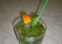 Mátový koktejl
