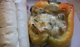 Plněné papriky sýrovou směsí