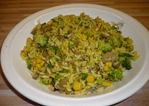 Rýže s brokolicí, žampiony a kukuřicí